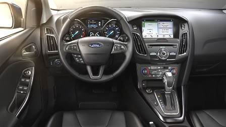Ford Focus Hatch 2015 dashboard