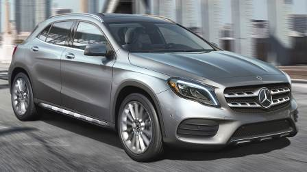 2018 mercedes benz gla overview and comparison to similars in length. Black Bedroom Furniture Sets. Home Design Ideas