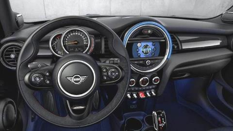 MINI Hardtop 4-door 2020 dashboard