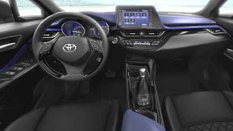 Toyota C-HR 2021 dashboard